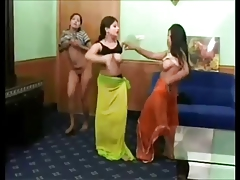 India Girls dance and shift..