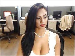 Sexi Desi Bitch on Skype 4