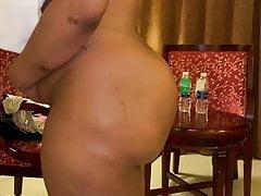 Big boobs malls aunty..