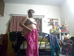 Desi Bhabi Hidden Cam