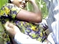 Indian horny babe fucking..
