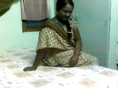 Delightful Indian Aunty..